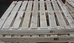 铁合金发货木架固定确保货物安全